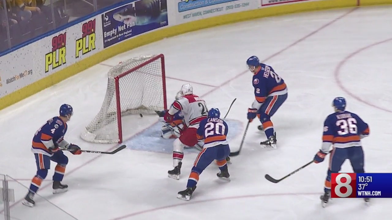 Soundtigers lose the first of two games against the Checkers