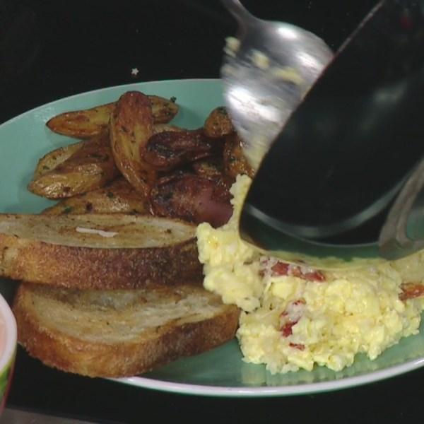 8 Minute Meals: Pastina scrambled eggs