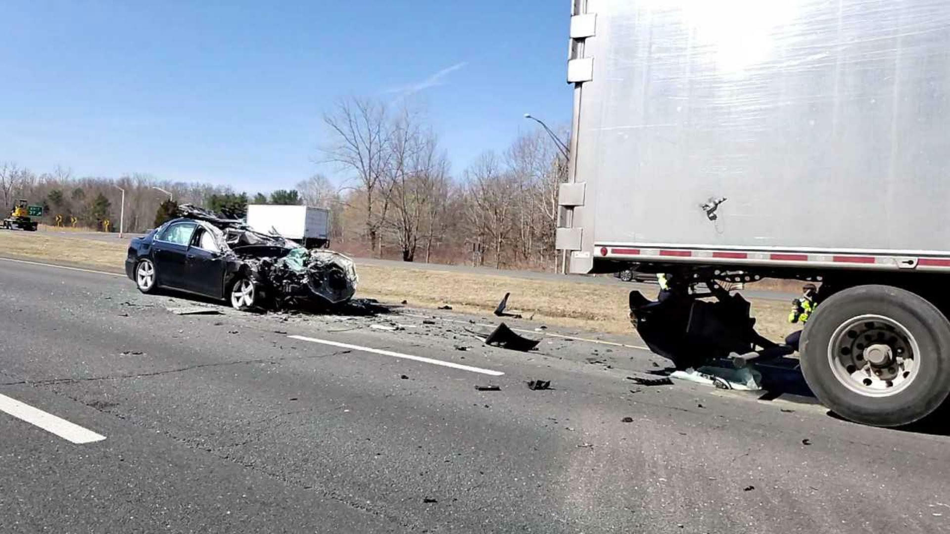 Officials identify victim of fatal crash on I-84 East in
