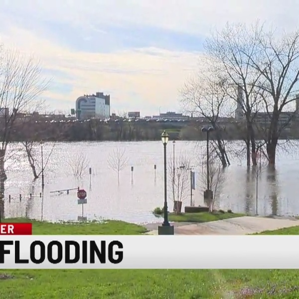 Storm Team 8 in East Hartford taking a look at the flooding CT River banks