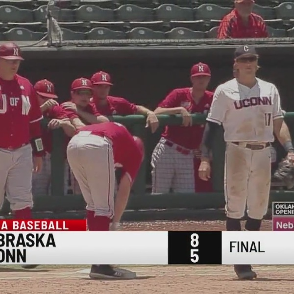 Huskies lose to the huskers in NCAA Baseball tournament