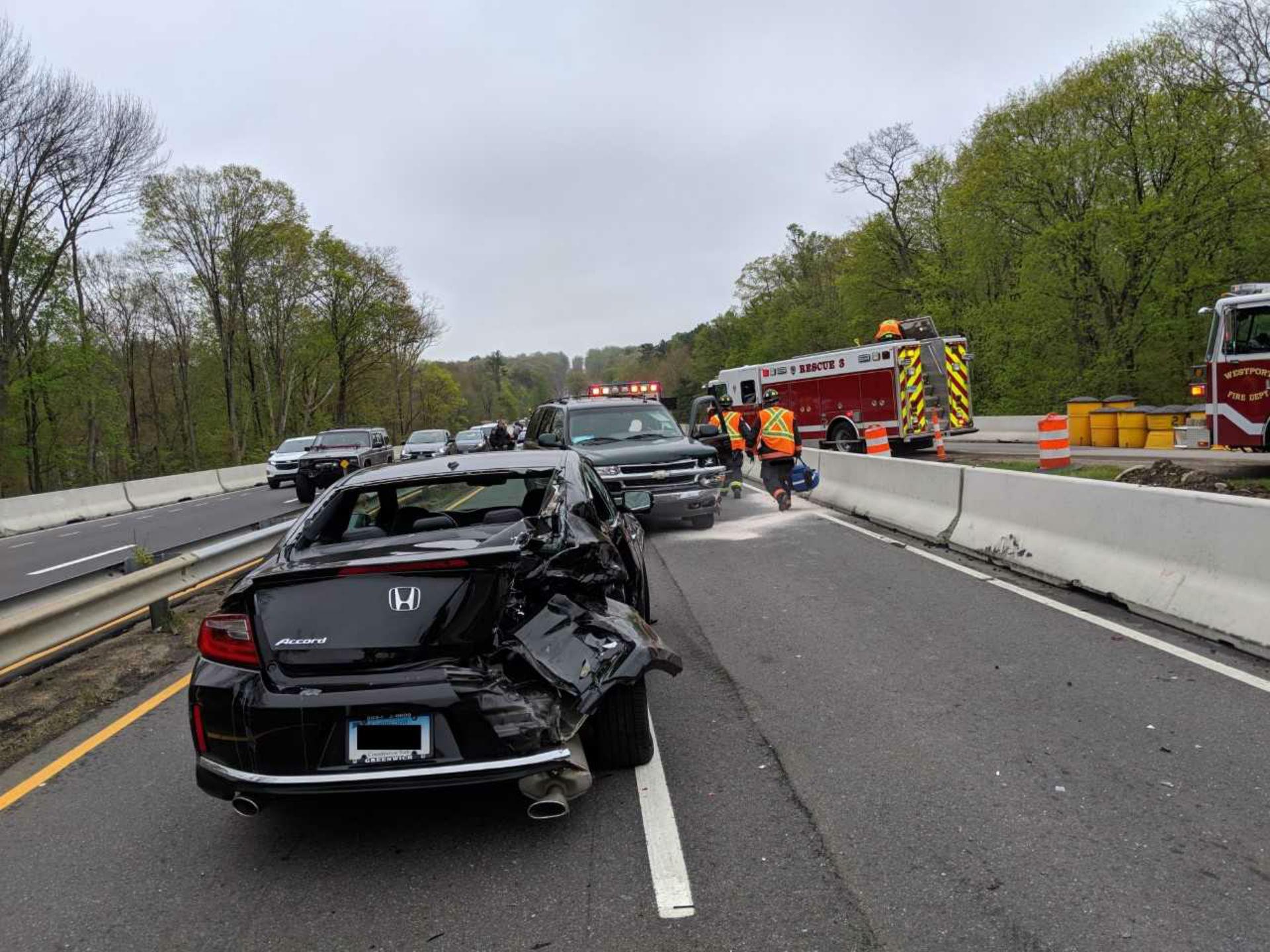 merritt parkway crash_1556816522103.jpg.jpg