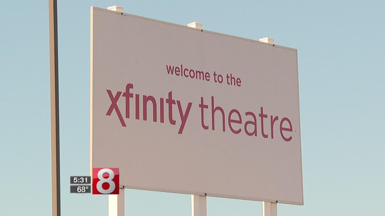 10_2_17 xfinity theatre_537119