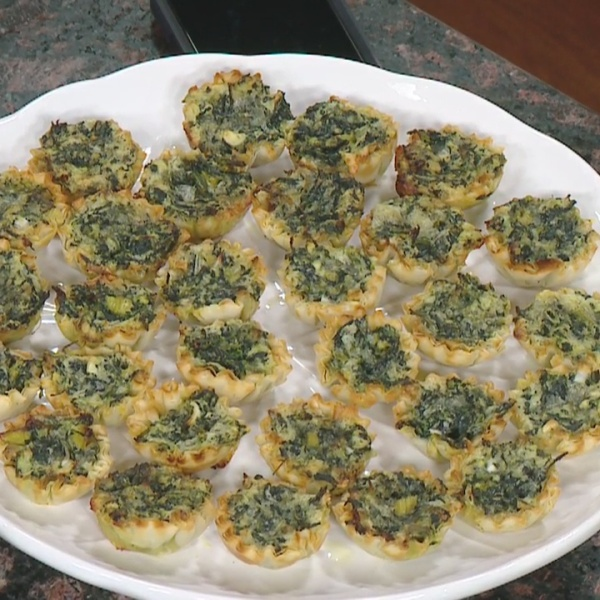 8 Minute Meals: spinach & cheese bites