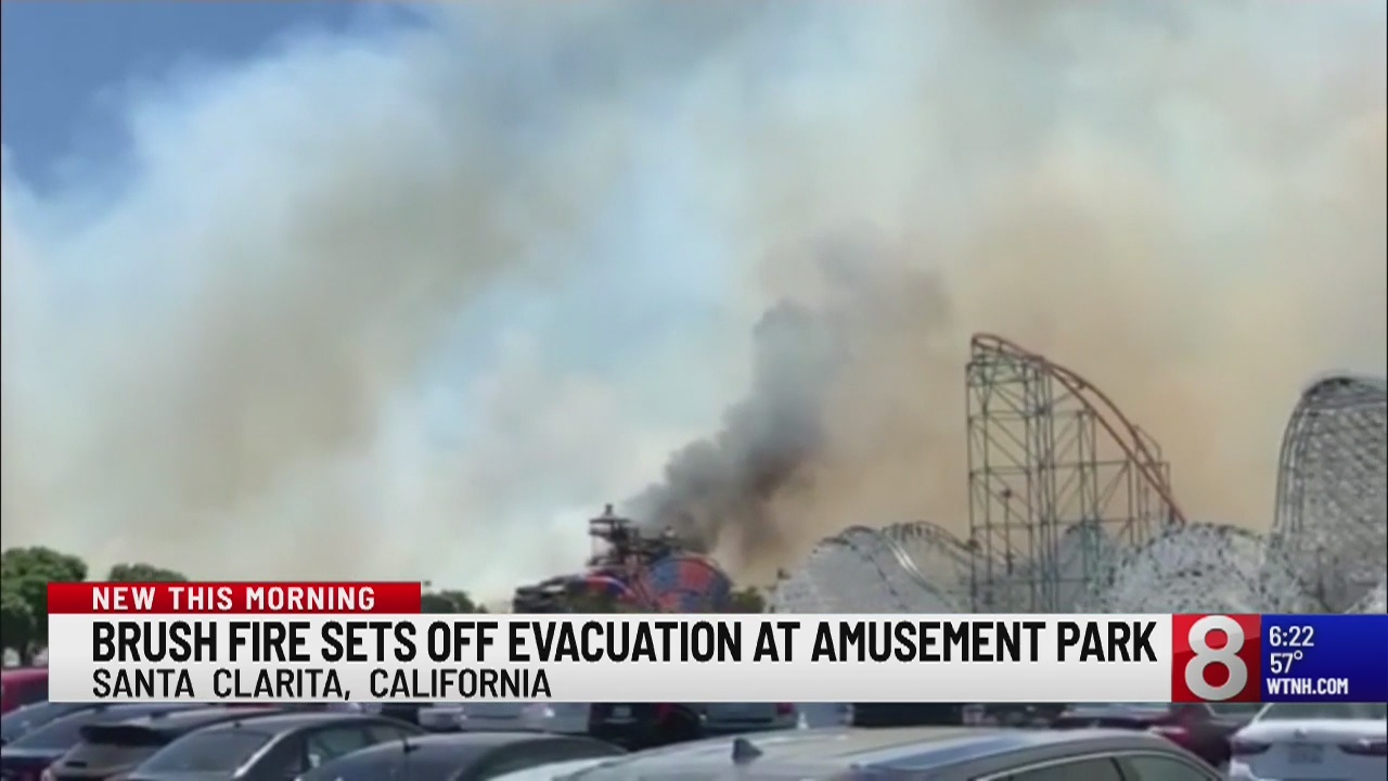 Brush fire sets off evacuation at California amusement park
