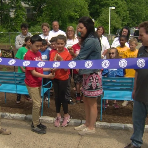 East Haven school bands together to build outdoor classroom