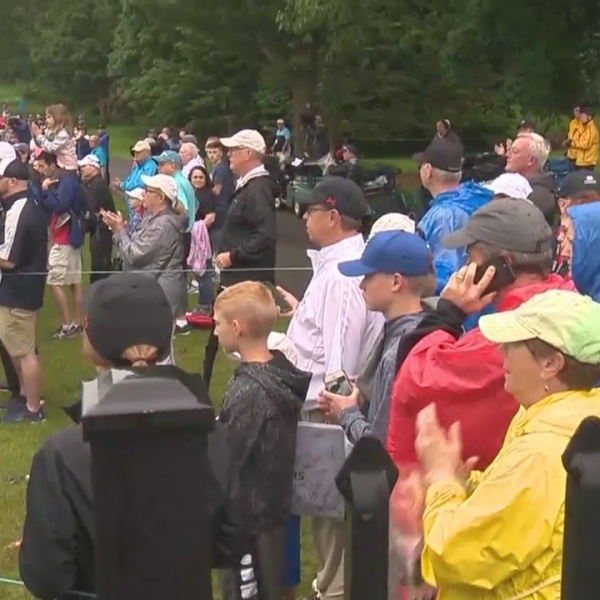Fans come out for round one of Travelers Championship and Women's Day