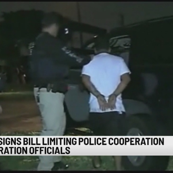 Gov. Lamont signs bill limiting police immigration actions