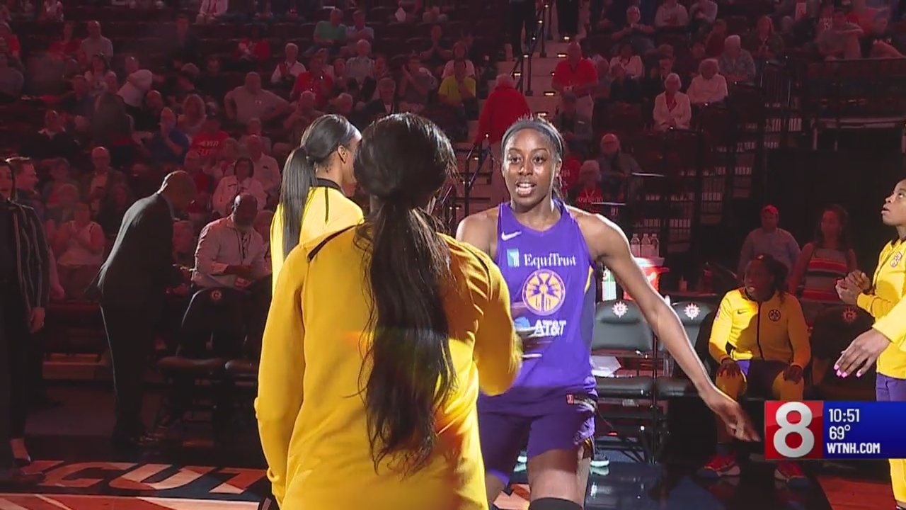 Ogwumike returns to Connecticut to face Sun