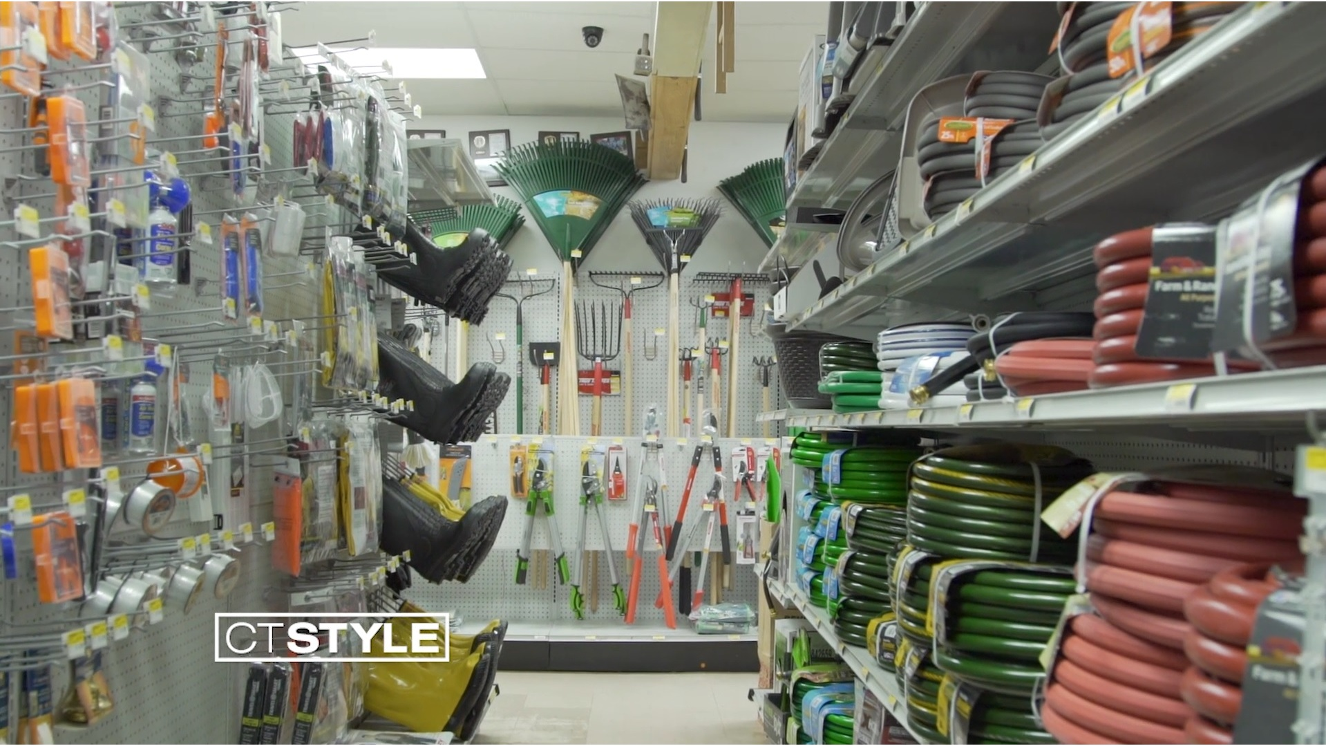 Over 40 Years of Helping for Home Projects: Country Paint & Hardware in North Branford, CT