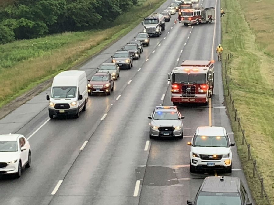 2 State Police cruisers involved in crash on I-91 in