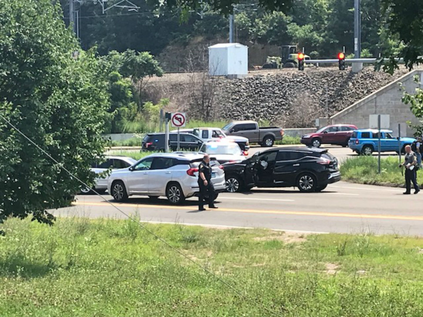 Two suspects in custody after police pursuit, crash in Branford