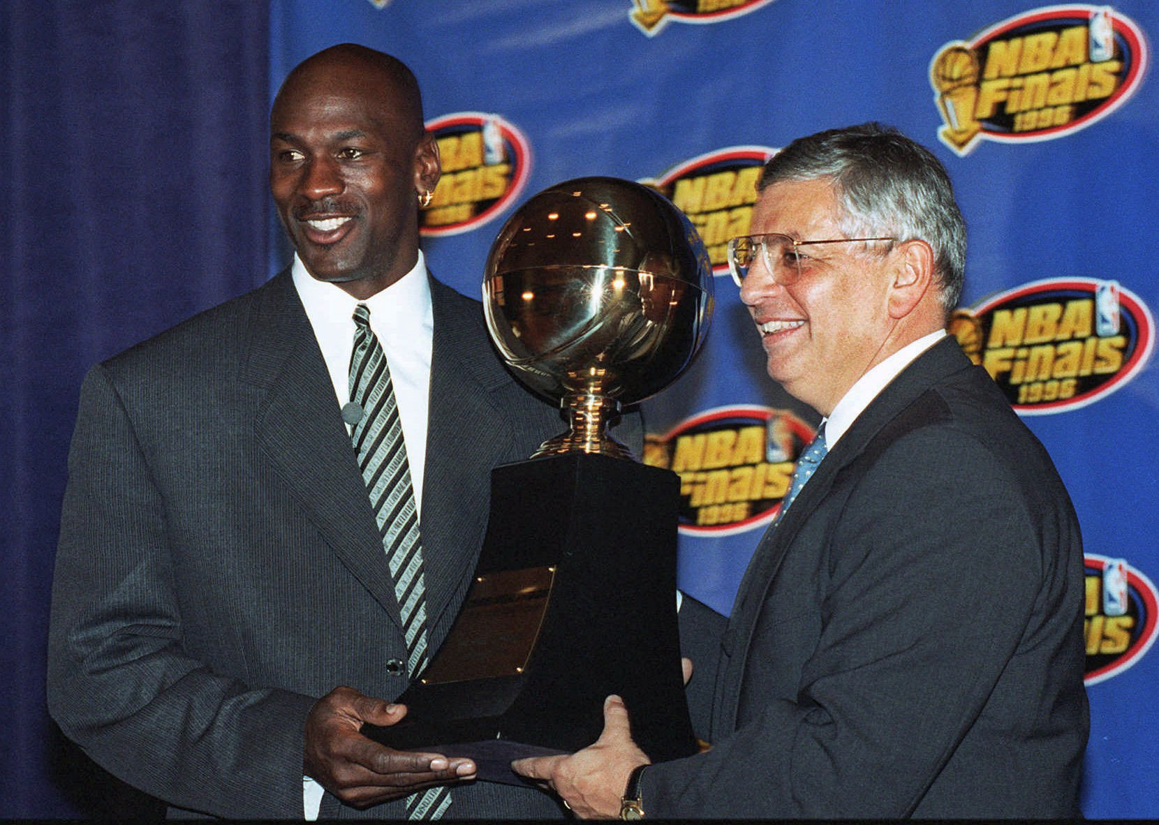 David Stern, Michael Jordan