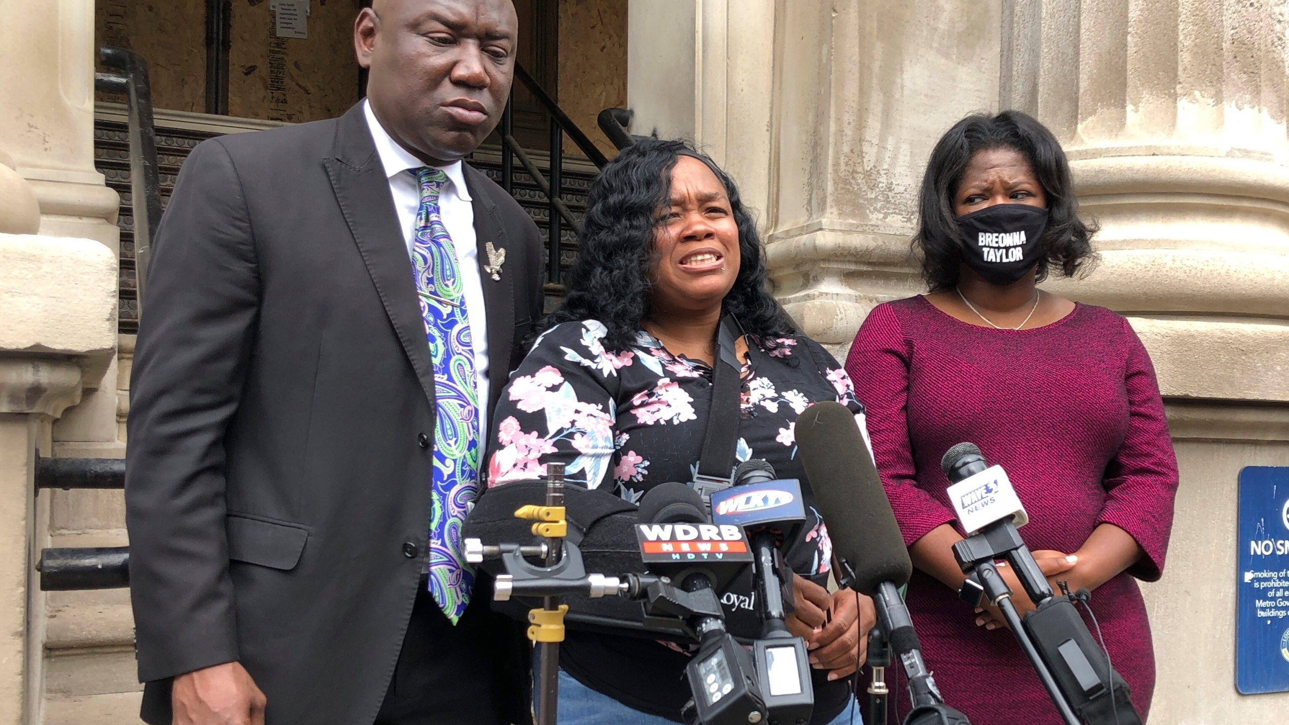 Say Her Name City To Pay 12m To Breonna Taylor S Family Wtnh Com