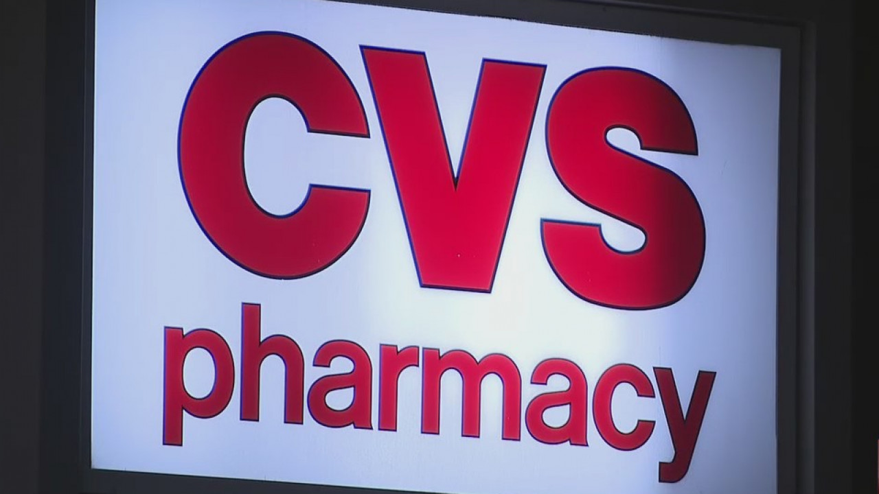 Waterford CVS turns away group of seniors from NY seeking COVID vaccine - WTNH.com
