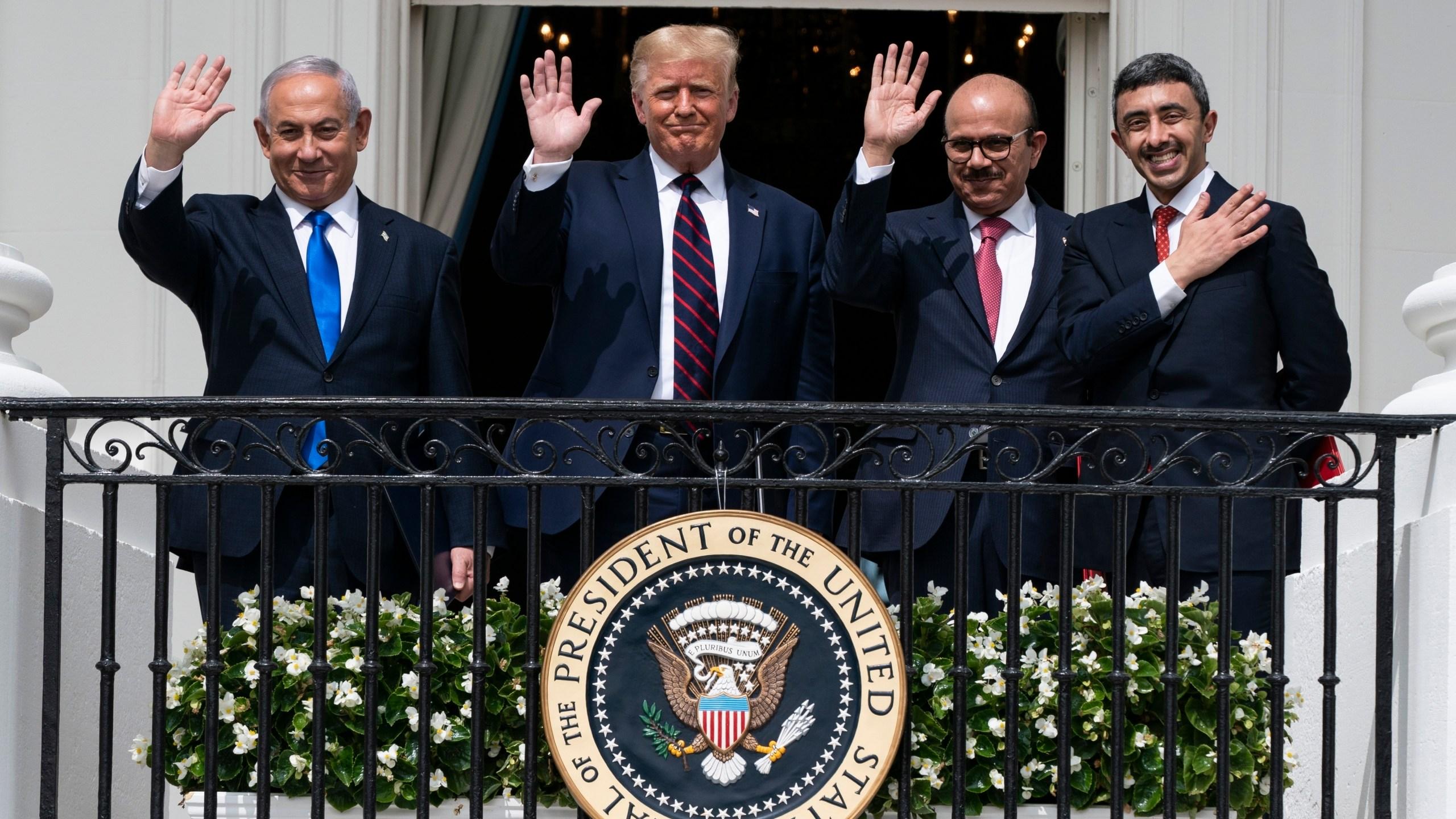 Donald Trump, Benjamin Netanyahu, Khalid bin Ahmed Al Khalifa, Abdullah bin Zayed al-Nahyan