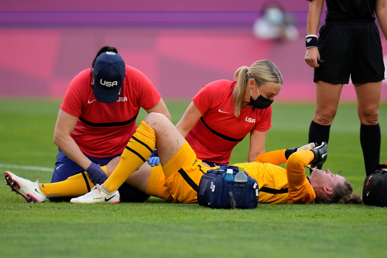 US goalkeeper, Stratford native Naeher out for the bronze medal match