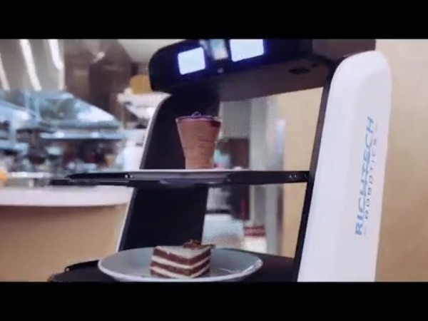 robot servers