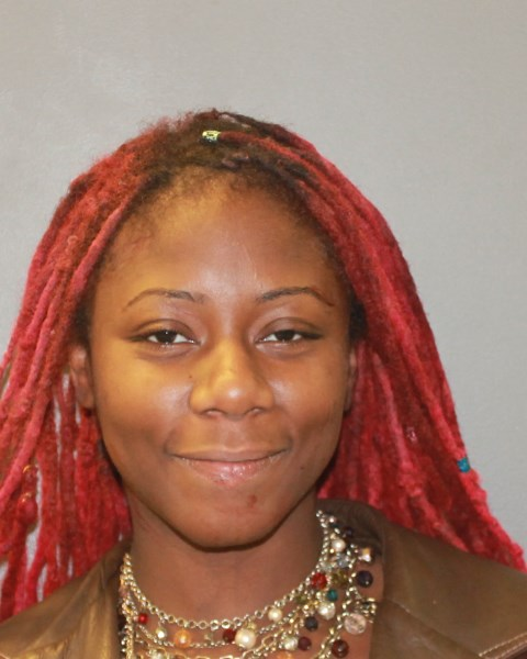 Woman arrested after allegedly punching a TGI Fridays worker in the face in Hamden